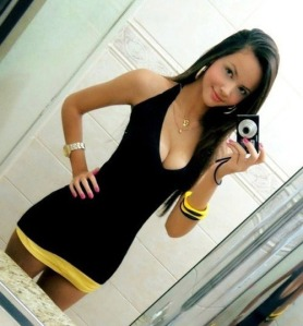 hot-girl-taking-selfie-in-restroom