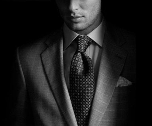 How To Be Seen By Women As An Alpha Male - Troy Francis Dominant Man In Suit